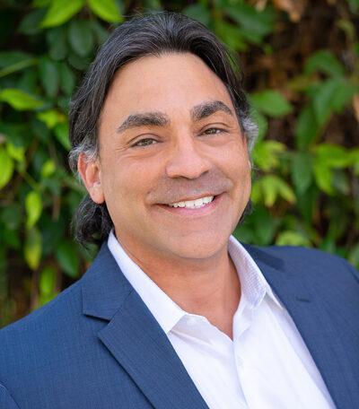 Ray Treviño
